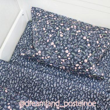 оригинальное постельное белье с цветами