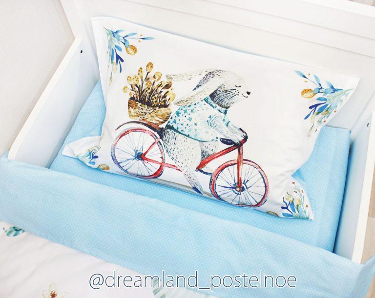 постельное белье с зайкой на велосипеде