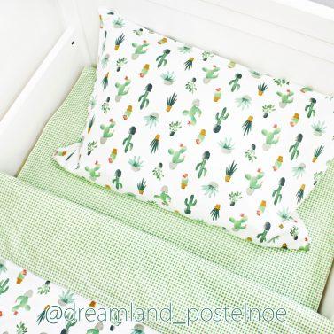 постельное с кактусами